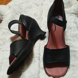 John Fluevog Black Wedge Sandal 10